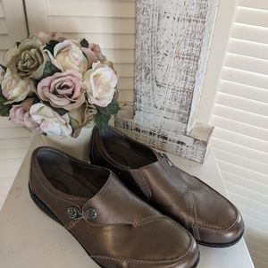 New Womens sz 11 Wide  Bronze Leather Loafer Shoes